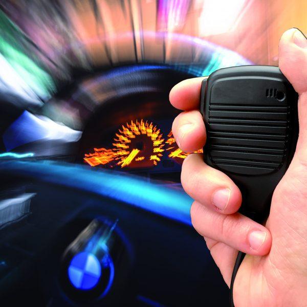 Mikrofonverbot: Straßenverkehrsordnung schießt übers Ziel hinaus